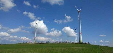 Die Windräder auf dem Biedelt bei Waldrach